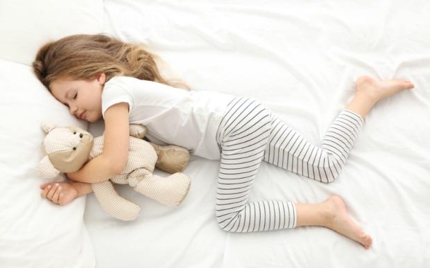 Хүүхэд хэдэн цаг унтах ёстой вэ? – Хүүхэдтэйгээ хамт хөгжицгөөе
